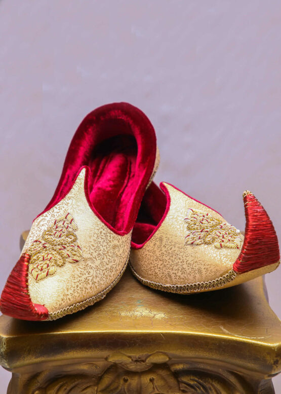 Gold & Red Khussa